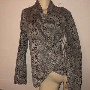 INC International Concepts faux suede snakeskin XS